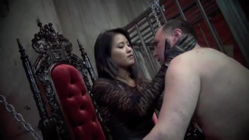 Goddess Angelina - Trapped And Slapped
