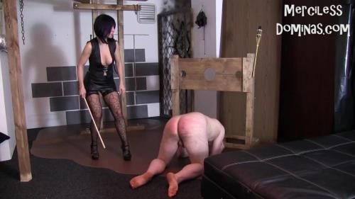 Madam Caramelle - Interview And Caning With Slave Radec