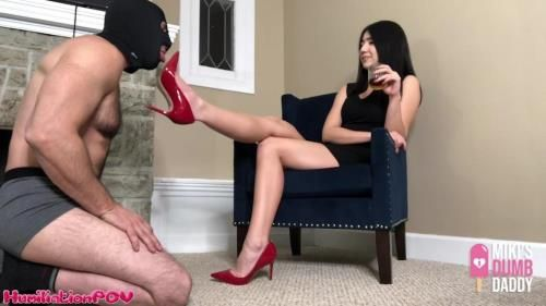 Princess Miki - Shoe Pig Licks The Heels That He Paid For