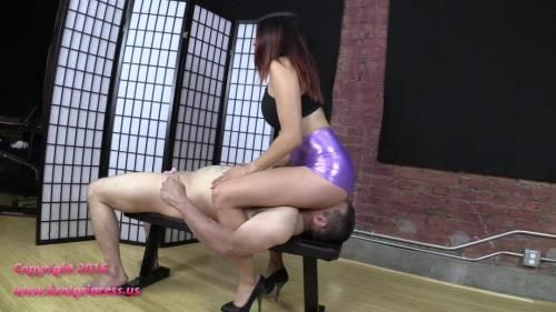 Mia - Face Sitting And Bouncing In Metallic Short Shorts