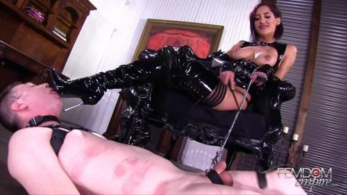 Chloe Amour - Glossy Boots