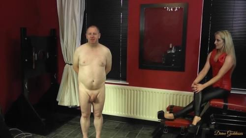 Mistress Courtney - Humiliated Slave Sings For Mistress