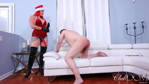Lady Karma - Holiday Ass Stretching