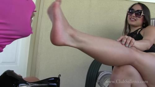 Goddess Miss Xi - Piercing Stilettos And Sweaty Feet