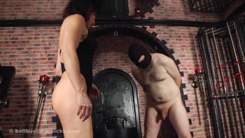 Inessa - The Ball Torturess