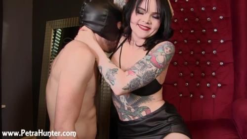Made To Smell Mistress Petras Stinky Armpits