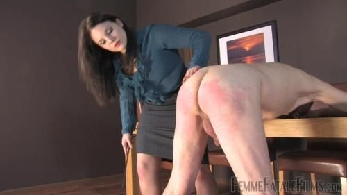 Miss Amy Hunter - Earn Your Leash