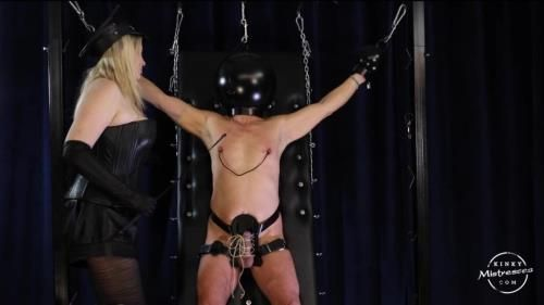Domina M - The Slave With The Black Helmet