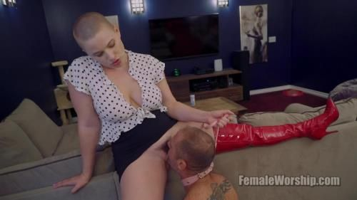 Riley Nixon - Does Puppy Want Something To Lick