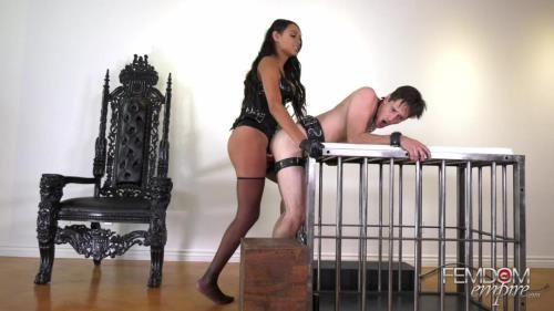 Bethany Benz - Russian Hole Stretcher