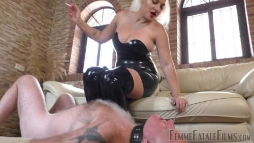 Mistress Fox - My Smoke In Your Face - Super Hd - Complete Film