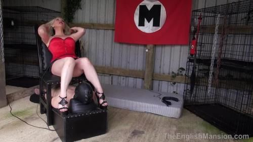 Mistress Sidonia - Push Button Queening - Part 1