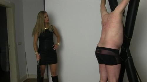 Goddess Countess - Whipped In The Chamber