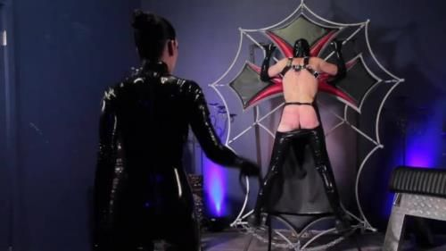 A Leather Lashing For A Latex Gimp Starring Mistress Cybill Troy