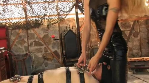 Facesitting, Nipple Torture - Facesitting And Nipple Torture