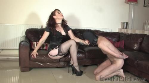 Mistress Lady Renee - Nipple Reward - Part 1