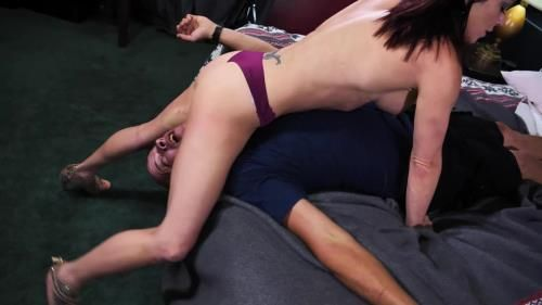 Sarah Brooke - Sexy Sarah Brookes Savage Scissors