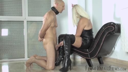 Divine Mistress Heather - Boot Reward - Super Hd