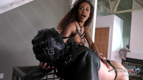 Goddess Demi Sutra - Rewarded Plaything