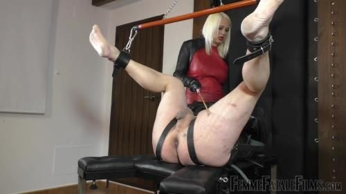 Divine Mistress Heather - Ballstinado - Part 1