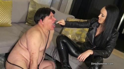 Fetish Liza - Bagged And Ashed