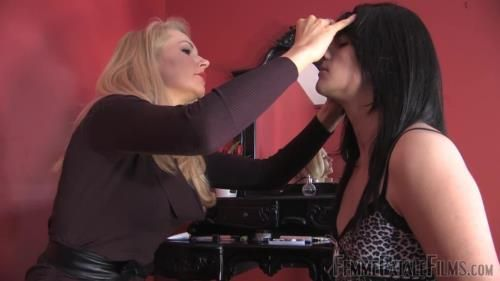 Mistress Eleise De Lacy - Cross And Dressed - Complete Film