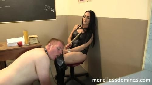 Mistress Chloe - Naked To School