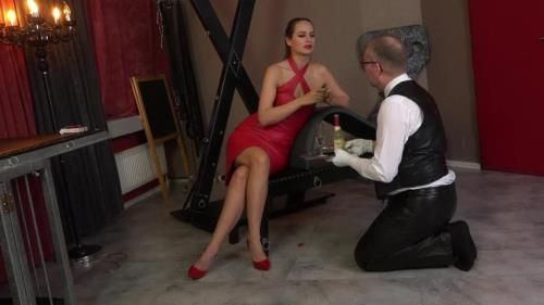 Lady Iveta - Butlers Service