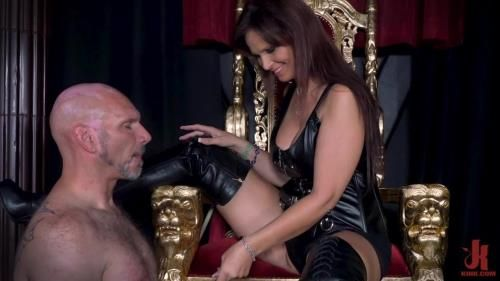 Yes My Queen - Syren De Mer Dominates Her Daddy For The First Time
