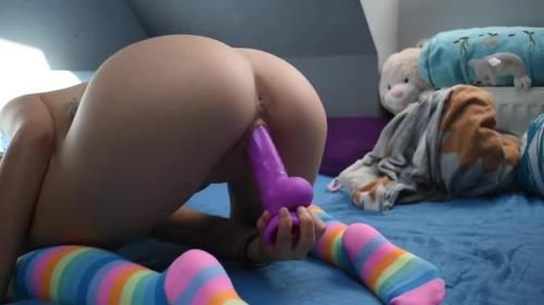 Mad Tiny Kitty - Cute Girl In Rainbow Socks Playing With Her Dildo And Hitachi