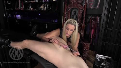 Mistress Nikki Whiplash - Chunky Sounding