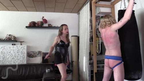 Michelly Ximenez - Twink Sub Whipped By Shemale Domme