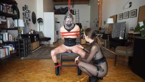 Kino Payne And Elise Graves - Dressed In Leather Ballet Boots, Neck Corset And Muzzle, Kino Suffers Impact Play, Neck Play, And Plastic Bag Play