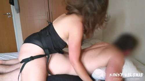 Kinky Valerie - Most Sensual Amateur Pegging Ever