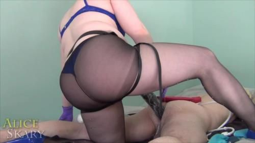 Goddess Alice Skary - Boy Strap-On Fucked With Marshmallows