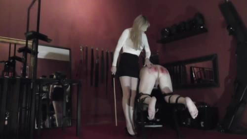 Domina Scarlet - 100 Strokes Of My Cane
